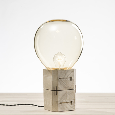 MOULD TABLE LAMP