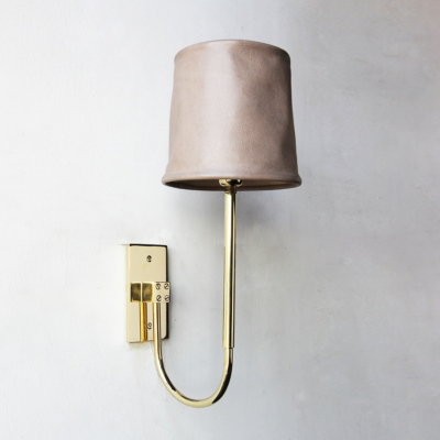 SERIES 01 UPRIGHT SCONCE