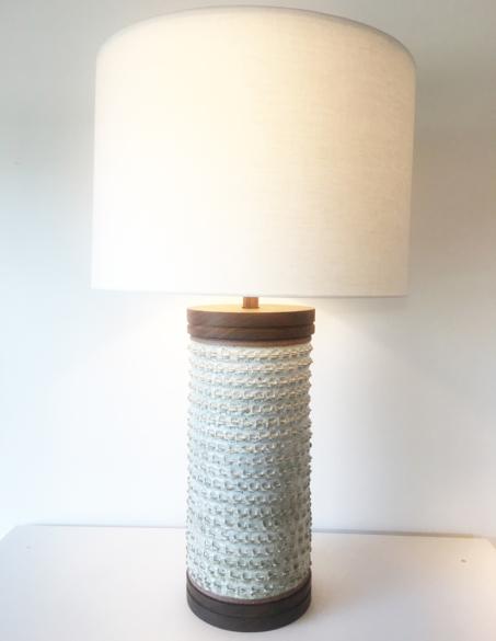 PINCHED CERAMIC LAMP