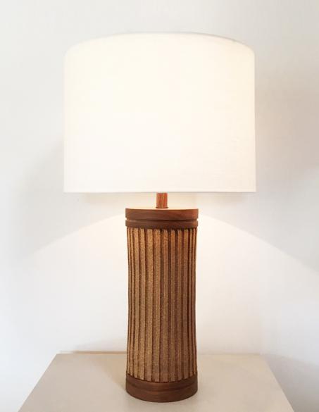 GROOVED CERAMIC LAMP