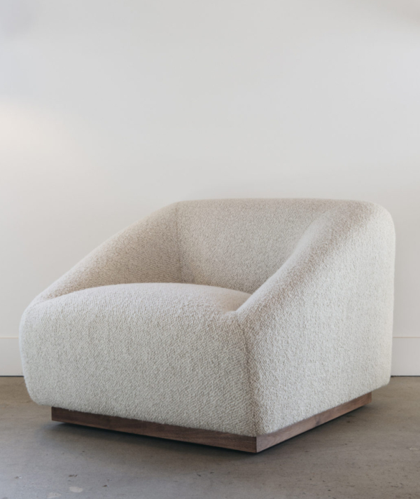 SWIVEL POUF