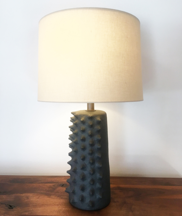 TACTILE CERAMIC TABLE LAMP