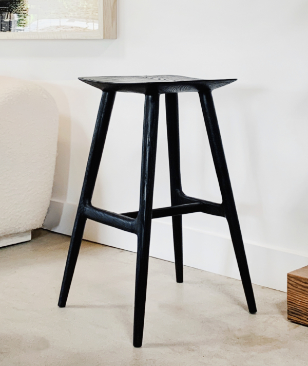 MANTARAY BACKLESS BAR STOOL