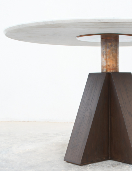 M DINING TABLE