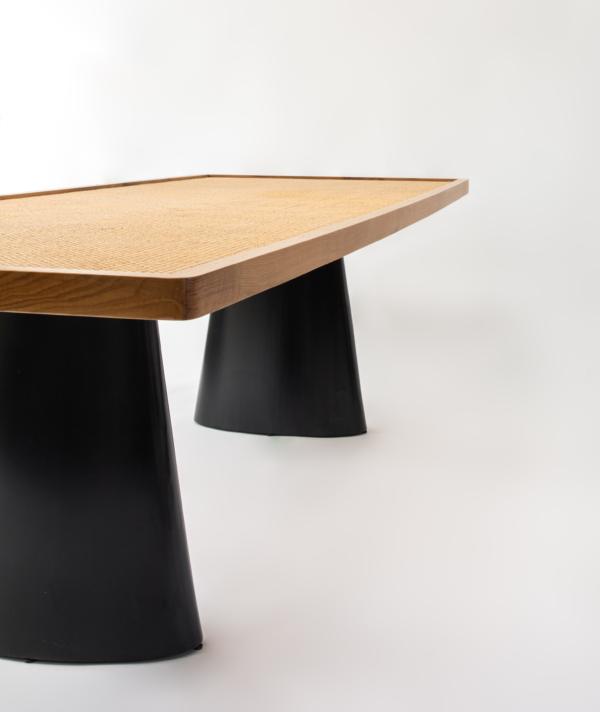 Nº 341 DINING TABLE