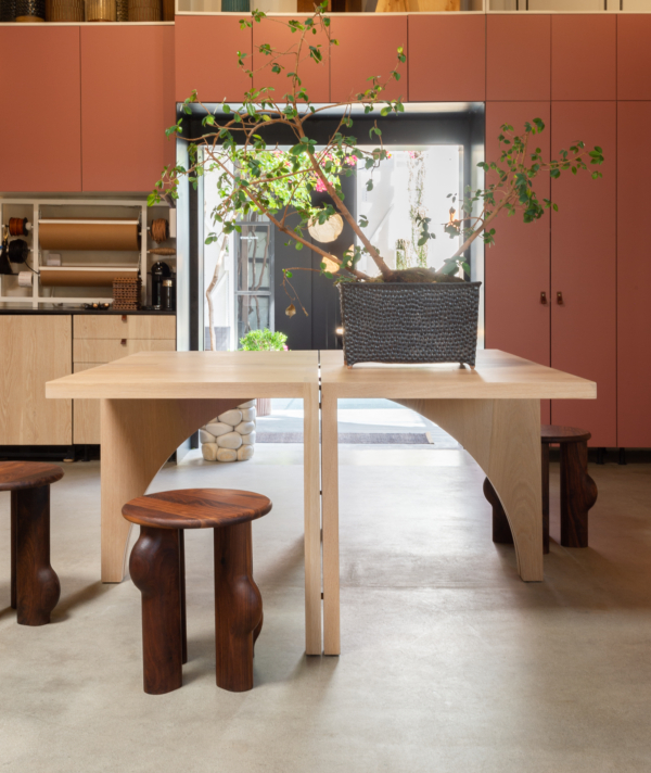 ARC DINING TABLE