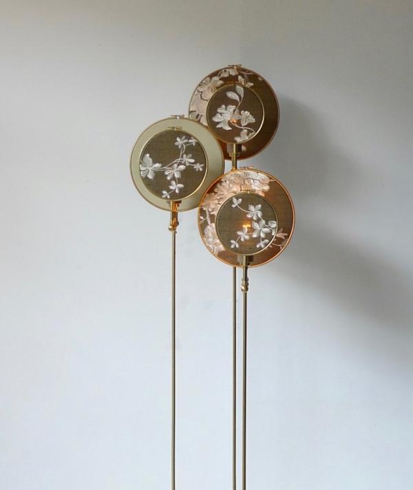 No. 19 FLOOR LAMP