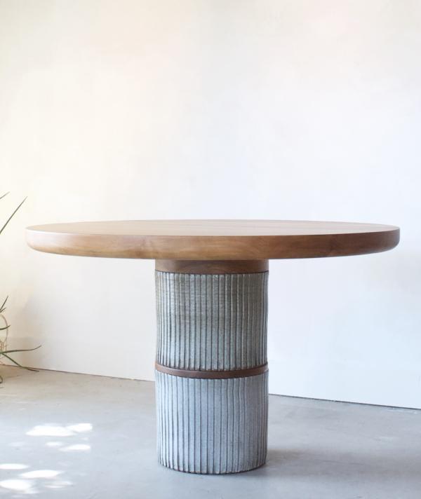 LEHM DINING TABLE