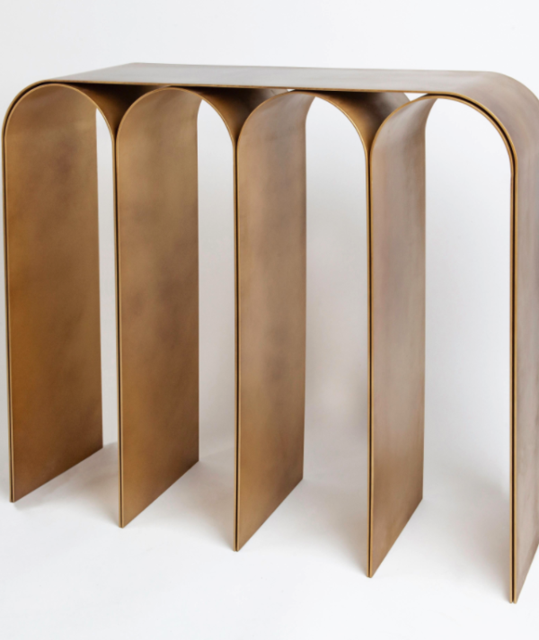 GOLD ARCH CONSOLE