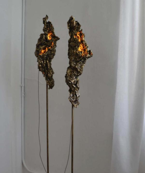 CRUSHED SCULPTURAL FLOOR LAMP