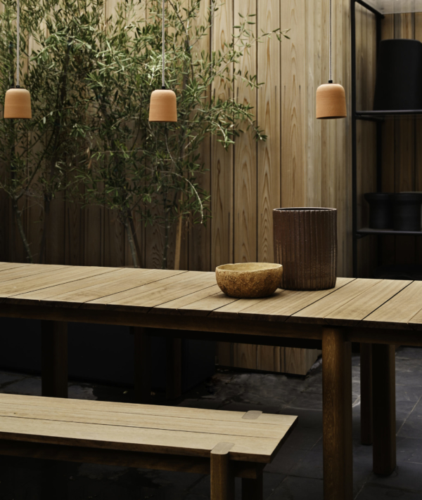 WABERN DINING TABLE